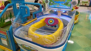 A boat racing game at Molly Fantasy