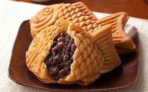Anko (bean paste) filled fish-shaped pastry